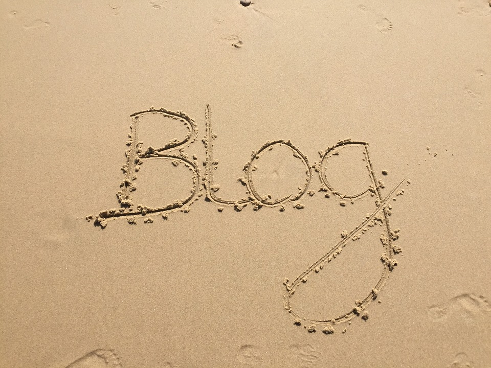"The word ""blog"" written in sand"